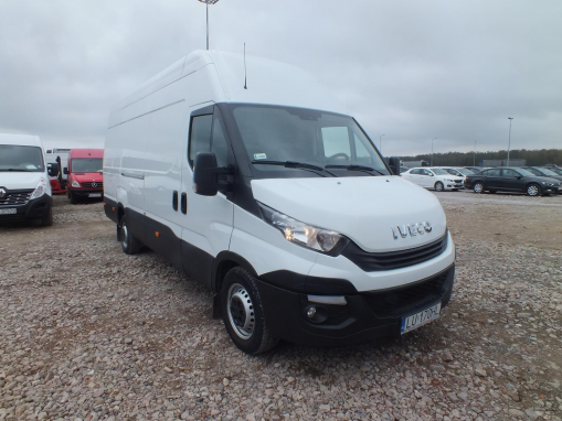 IVECO DAILY DELIVERY VAN